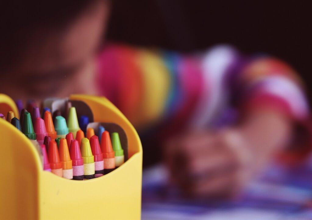 crayons-kid-drawing